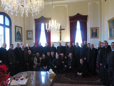 Մարոնի Առաջնորդ՝ Փոլ եպիսկոպոս Ռուհանան և թեմական քանանաները Վանքին մէջ: